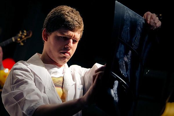Олег, выступление вклубе «Мастерская» на«Princeton Plainsboro Party». Авторфото:Кирилл Сергеев. Дата:06.04.2009.