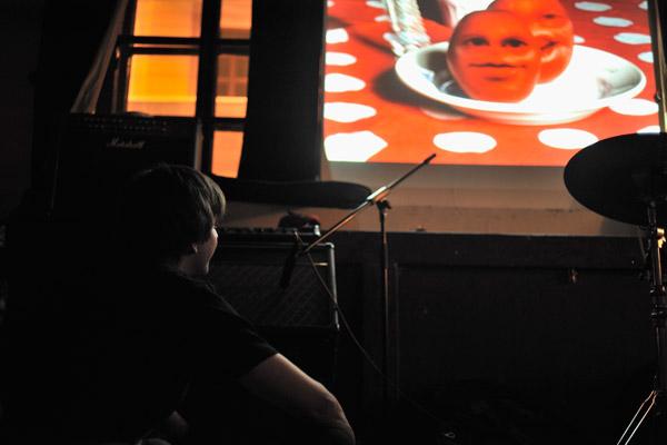 Миша. Презентация клипа напесню «Здравствуй» вклубе «Мастерская». Заснят момент премьеры клипа.